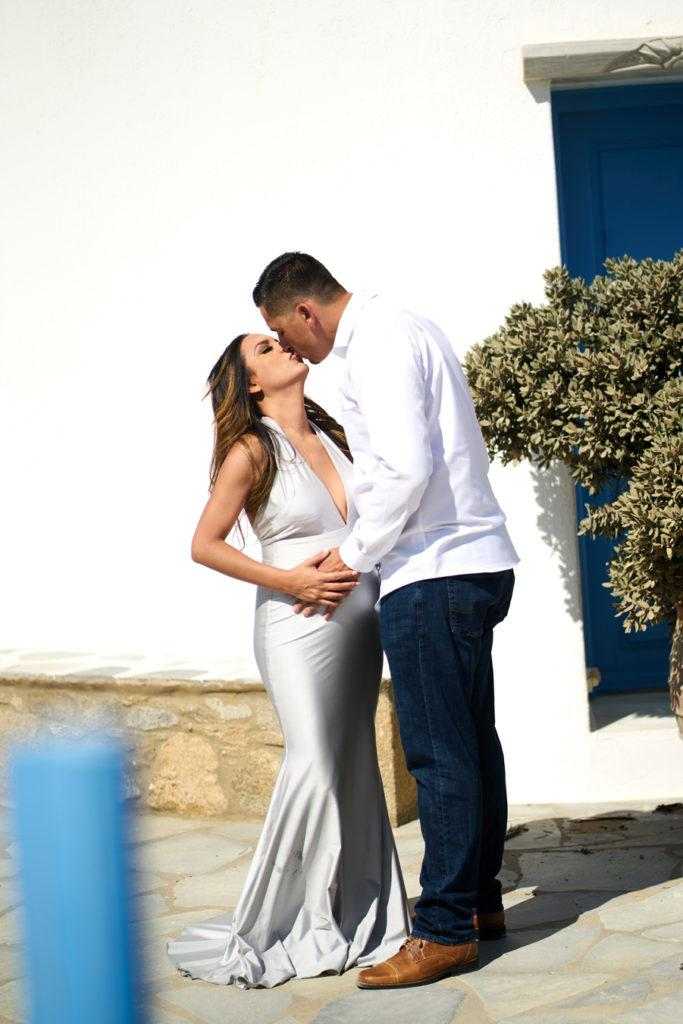 Mykonos maternity photoshoot